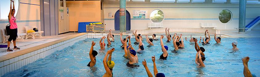 La piscine municipale les dauphins du parc ville de voiron - Piscine municipale de bonnevoie toulon ...